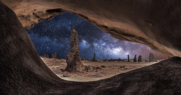 """Love this #photo """"@zaibatsu: Framed milkyway by aldulimi331 #photo #space http://t.co/jDm37R80lz"""""""