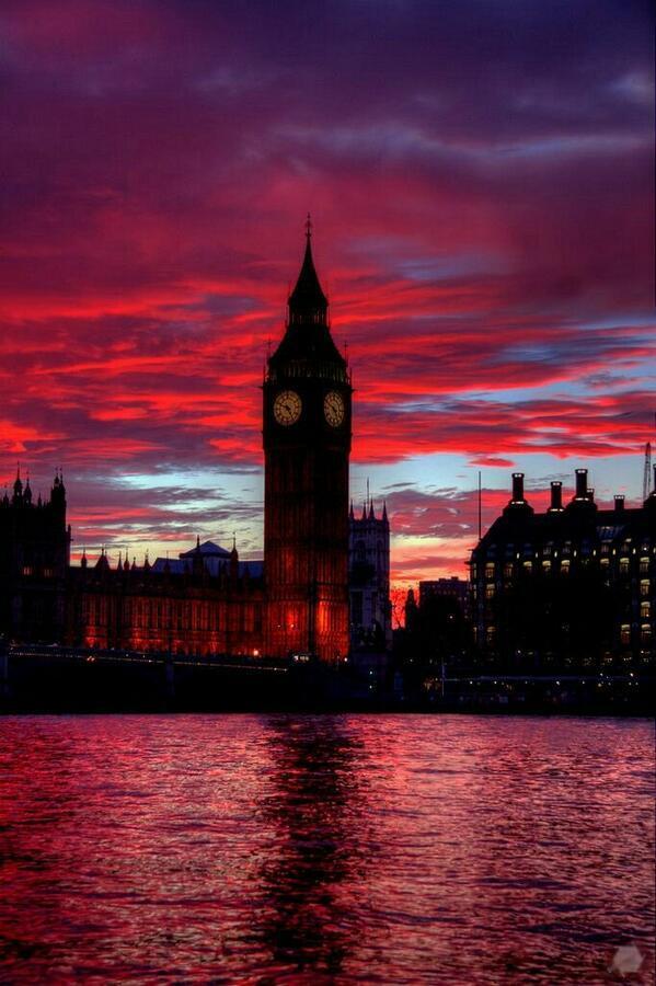 Big Big  (Big Ben, Big Sunset). http://t.co/zGsUzMMOE7