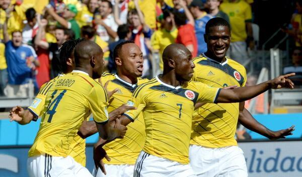 #VamosColombia Esta fue la celebración del primer gol de Colombia frente a Grecia http://t.co/JZ8XQjrOoI http://t.co/pedtPOCLUf