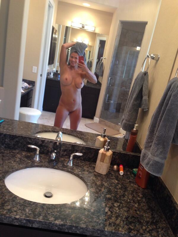 Fresh out of the shower! #saturdayselfie
