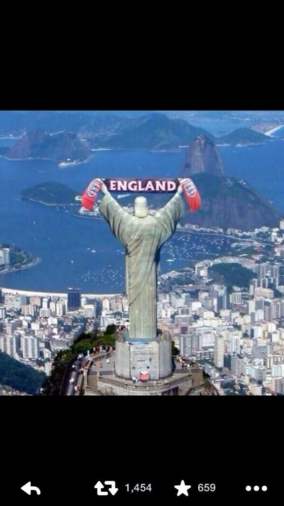 Come on England !!!!!! http://t.co/4fcWPgEsO3