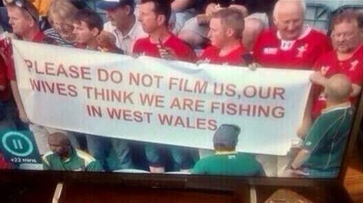 "Haven't loved a Welsh fans' banner so much since seeing ""Gilfach Goch Wine Bar"" unfurled at the Gabba in 2001 http://t.co/md3XjcgPpY"