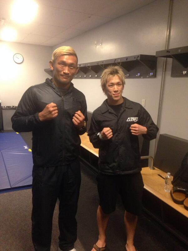 UFCデビュー戦 田中ノリ君 勝利 winボーナスget! ストラッサーさんも勝利 しかもパフォーマンスボーナス賞に選ばれたので500万円getです!裏山です やっぱりファイターは稼がないとですね http://t.co/zaI0ZnYZ1A