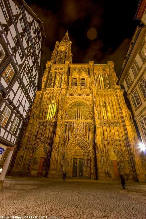 Le saviez-vous ? La Cathédrale de Strasbourg s'apprête à fêter son Millénaire (1015-2015) !! http://t.co/Ubf64AKuMV