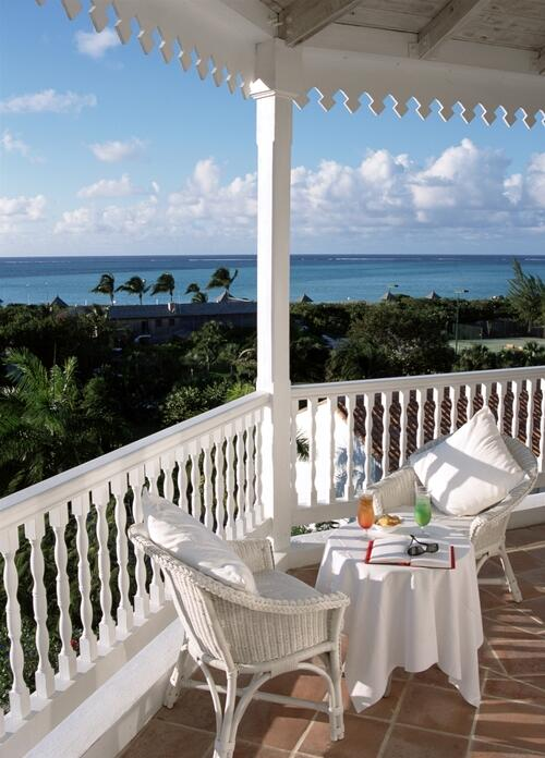 RT @COMOHotels: We love #lazyafternoons at #parrotcay http://t.co/2j5EqGwBPi