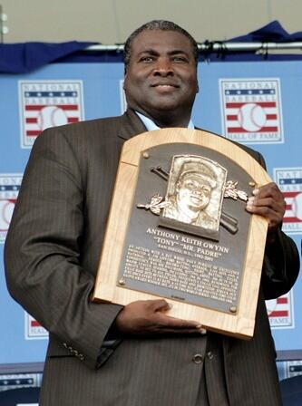 The baseball family has lost a true hero with the passing of Tony Gwynn. Rest in peace, Mr. Padre. http://t.co/Sf6ndXFdH6