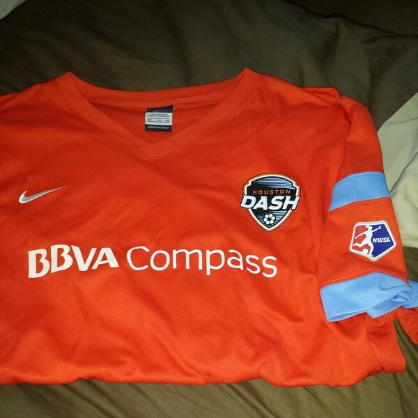 @illBBock @soccer4all1984 @HoustonDash @houstondashfan @MelCampagna @keepernotes Got this jewel in just now! #DashOn http://t.co/MhoNNOlU2c