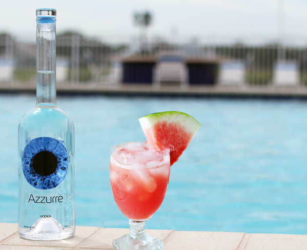 Gluten free sipping vodka wins triple gold! @AzzurreSpirits Just add melon http://t.co/egJpD2dlvy http://t.co/kfCjxsvP1P