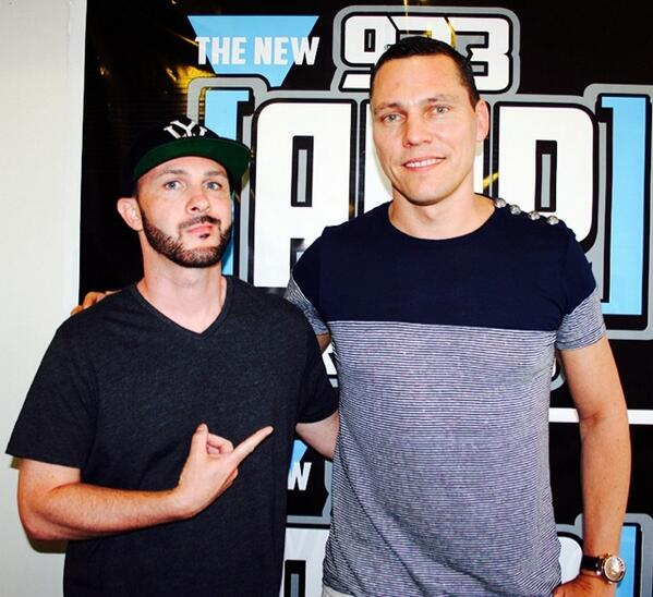 Say hello to @tiesto check out his new album #ATownCalledParadise @923amp studios #WeGonnaRock http://t.co/Al9lAJ2iln