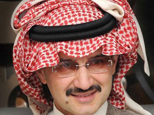 الوليد بن طلال يتصدر قائمة أقوى 100 شخصية عربية @Alwaleed_Talal  http://t.co/IEhYqoIyue http://t.co/HsMxa62nv9