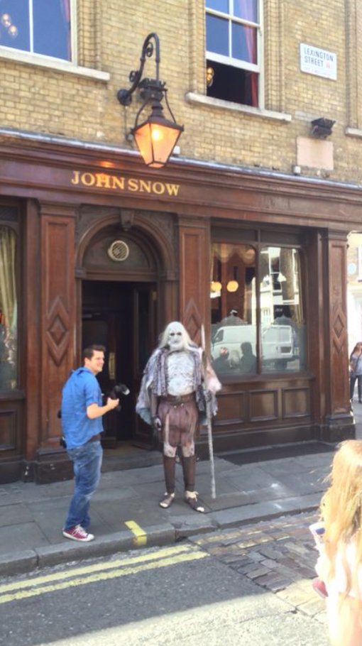 So apparently this happened at the John Snow http://t.co/1qYyplgx2H