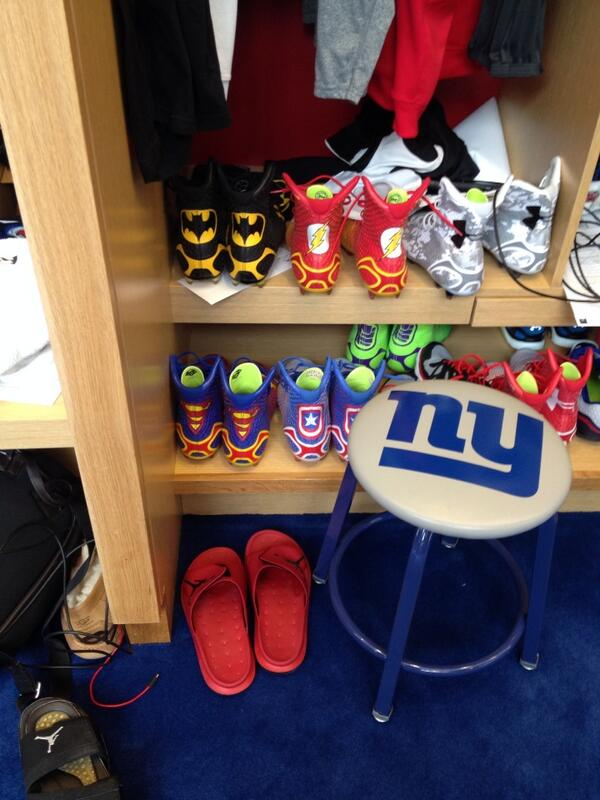 Forget how Rodgers-Cromartie plays this year. Giants new corner has great taste in cleats... http://t.co/5vFW8uEmIb