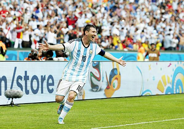 Lionel #Messi is on fire in the #WorldCup #ARG  http://t.co/6hD9Z25bzW http://t.co/E3iv9Fpzsv