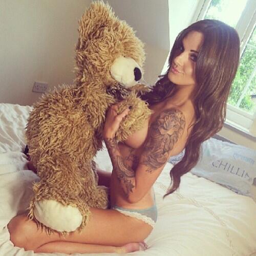 RT @SexyTattooed: Lucky Teddy #inkedgirls #altgirls #alternativegirls #girlswithtattoos #hot  #tattooedgirls #sexy #tattooedchicks http://t.co/Gl7nvCGZRj