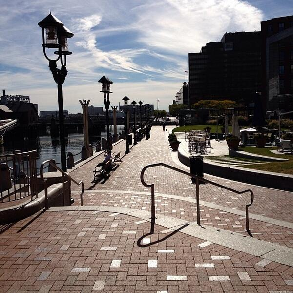 #Boston ranked one of the Best Walking Cities! http://t.co/APpfRCSBhZ @BostInno @VisitMA http://t.co/RQhEOWs9tZ