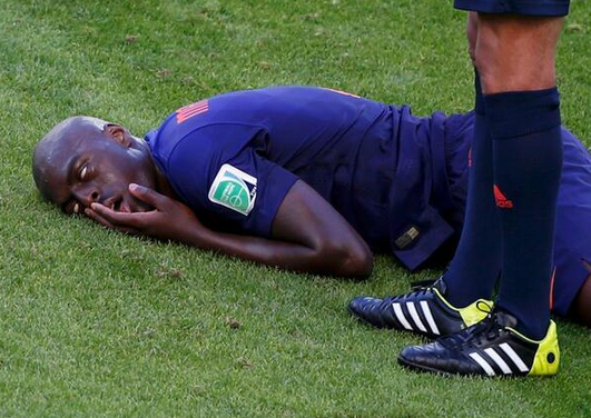 Forget the stretcher - get the exorcist! #AUSNED http://t.co/tpRhcbb4z5