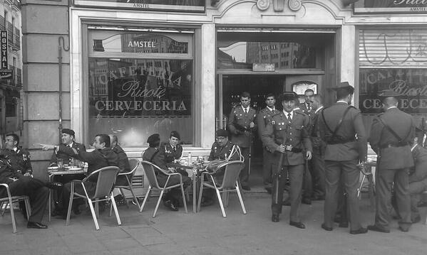 No digais que no parece 1936. La foto es de hace un rato http://t.co/j00jvcNNdR