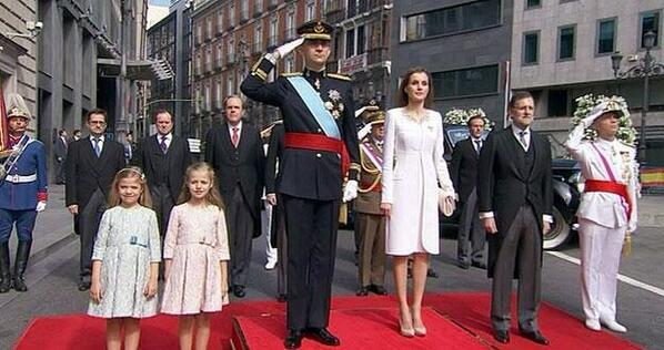 Los nuevos reyes de España http://t.co/ud413YuiVe