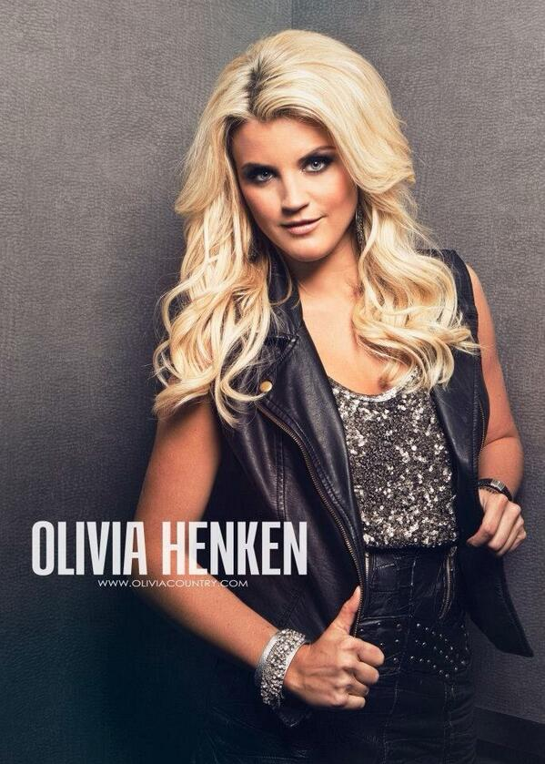 Fierce @oliviahenken! Another one from our studio session photoshoot. #thevoice #nBCTheVoice http://t.co/cgyi6RF6GG