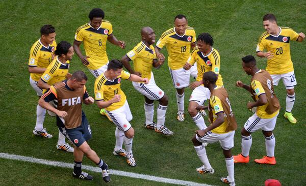 BqgpsZNCQAAWfqR Colombia 2   Ivory Coast 1: The best Tweets on another great game at this World Cup