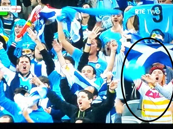 BqhV8XRCUAAcd5X Tartan Army in Brazil! Scottish fans spotted in the Uruguay section celebrating Suarez goals v England