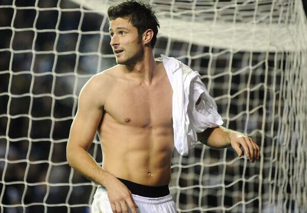 E esse goleiro da Grécia hein? #DeusGrego http://t.co/33iTocMH43