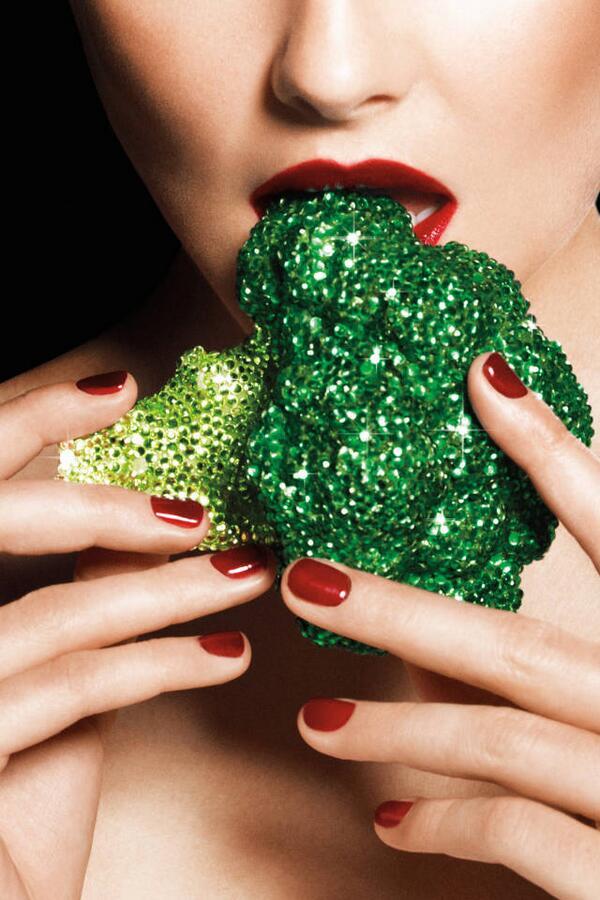 Golden Veggies that will make your #skin healthier than ever! http://t.co/9mAi5yKldP http://t.co/4MXEPLSH1D