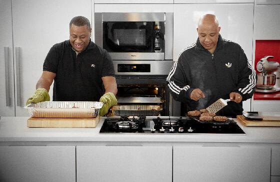 .@RevRunWisdom on #food: 'It means coming together.' #RevRunsSundaySuppers @CookingChannel http://t.co/qb0tJmX8V9 http://t.co/dLd7kTcKhb
