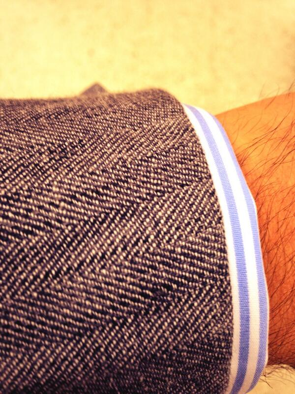 In my @DAKSLondon linen today. Great summer jacket #london #style #tailoring #LCM http://t.co/g5YTLjUMBb