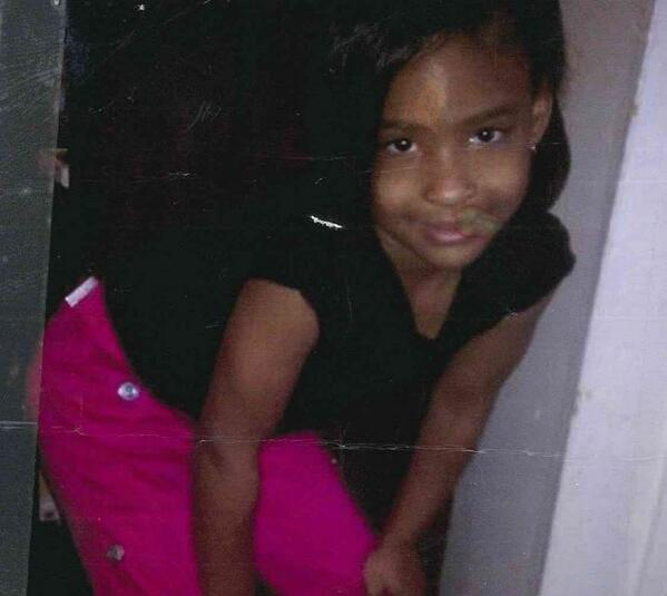 PLEASE RT MISSING CHILD: CPD is searching for 8-year-old Syncere Howard. Last seen near E. 110 & Woodland. http://t.co/WJMkcBsNeE