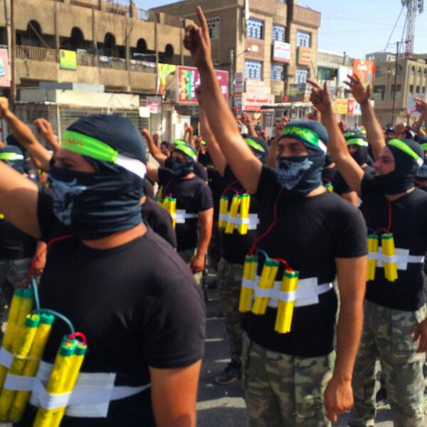 Suicide unit. Mahdi Army in Baghdad, part of an armed procession lasting hours, as Moqtada al-Sadr shows his forces. http://t.co/CVwhbLyyeZ