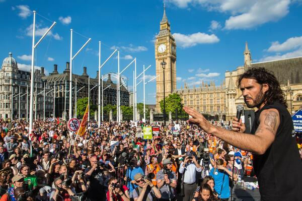 Retweet if u think BBC wud have reported today's London Anti-Austerity March if Nigel Farage had been keynote speaker http://t.co/1BXfUHiKzb