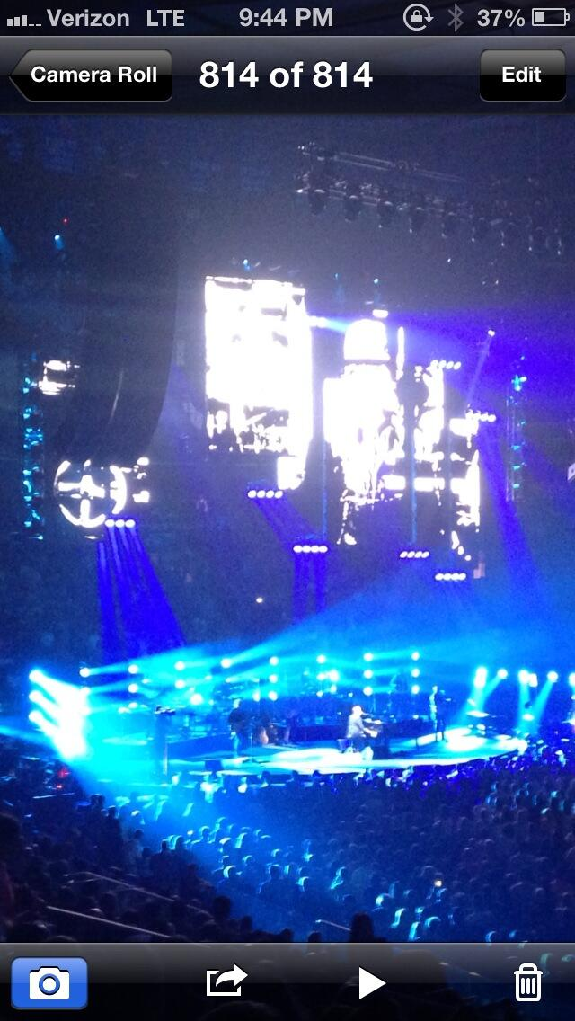 I got the old man's car... I got a jazz guitar - @billyjoel @msg http://t.co/sIWSi86pAs