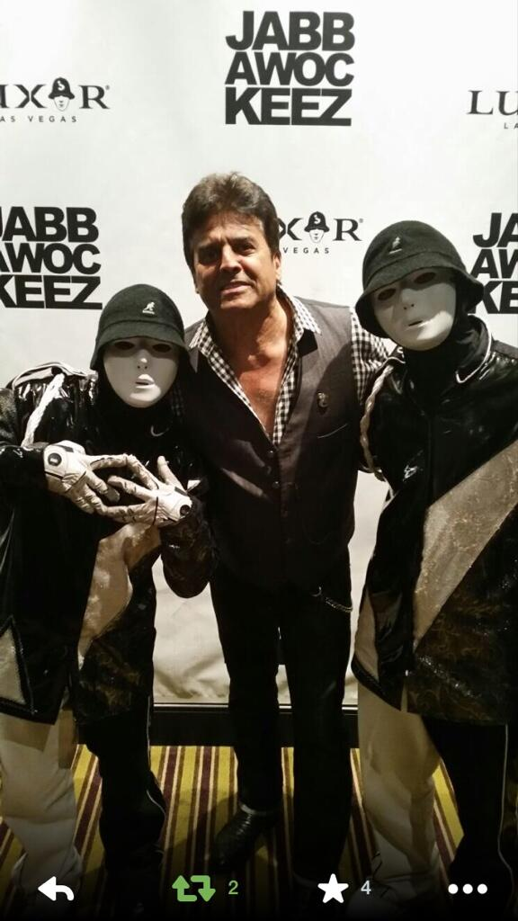 Have to thank #ErikEstrada for coming out to @jabbawockeez show tonight... #Vegas #1 #Dance #Show http://t.co/PScjYxC1Ep