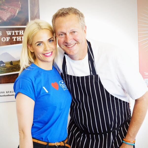 Making a beef with @NickNairn ;) last day of the @ScotlandRHShow at @qmscotland. http://t.co/qw1sp5xJOS