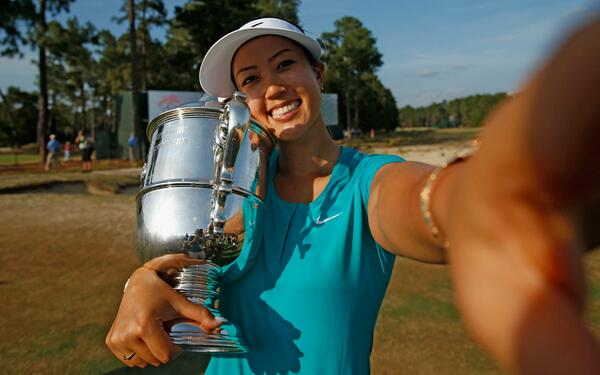 #LPGAWinnerSelfie with @TheMichelleWie @usopengolf #USWomensOpen http://t.co/huYRXsV94e