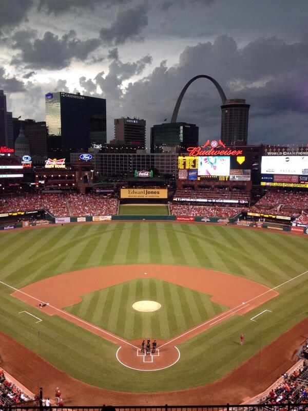 About to start at Busch Stadium: #STLCards Adam Wainwright (11-4, 1.89) vs #Pirates Charlie Morton (5-9, 3.30). http://pic.twitter.com/5SN9EbJjWV