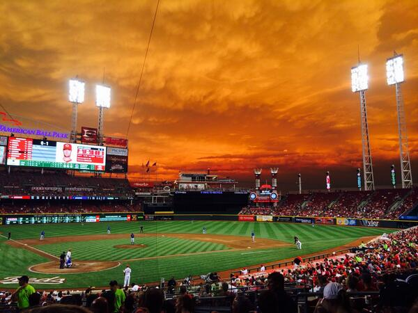 Beautiful night at the ballpark in Gotham City. #reds #cincinnati http://t.co/reXLd6wKaU