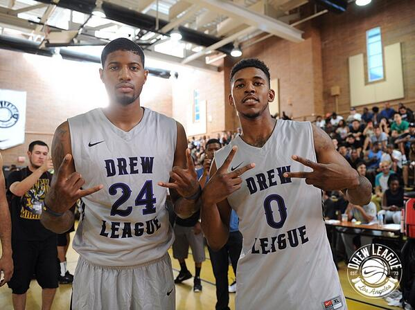 You never know who will suit up. @NickSwagyPYoung and @Paul_George24 hit the court. #thedrew http://t.co/AFMlLg9yLc
