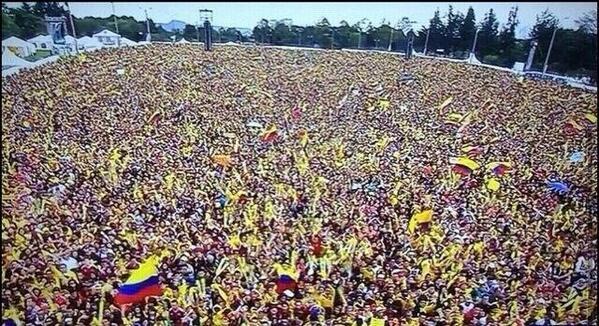 ¡Nadie nos puede robar la alegría! Gracias #MiSeleccionColombia http://t.co/RuCwDZRgd3