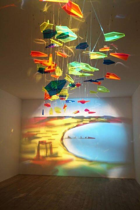 A painting made from pieces of glass! http://t.co/E000tBSkQX