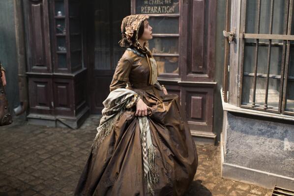 <오만과 편견>, <제인 에어>를 잇는 명품 클래식 무비의 탄생! <그랜드 부다페스트 호텔> 제작진은 1860년대 프랑스 파리의 거리와 퐁네프 파사주를 완벽 재현해냈어요. <테레즈 라캥> 7월 10일 대개봉! http://t.co/tfIchM91ad