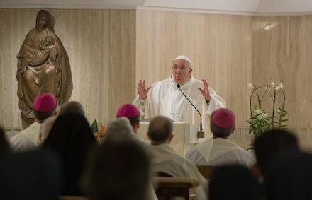 Bishops will be held accountable on abuse, @Pontifex tells survivors (report and full text):