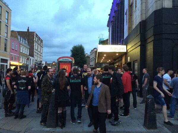 London公演終了…凄すぎて言葉にならない  #BABYMETAL http://t.co/vEZFf1GfSx