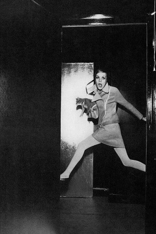 1967,Twiggy by Helmut Newton http://t.co/6xK9RNrPXF