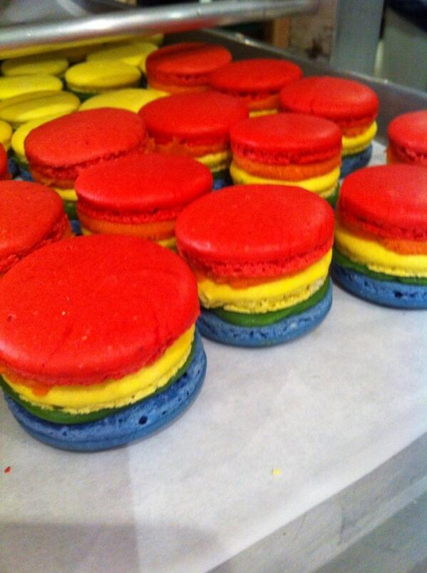 Rainbow #macarons at #DrakeOneFifty! #worldprideto http://t.co/I5RthHPeGY