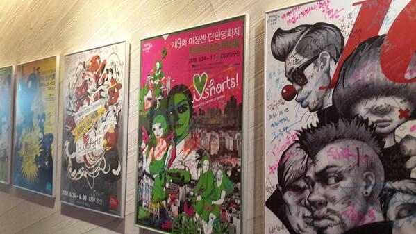 13회 미쟝센 단편 영화제 의 시작! 아트나인 극장 복도에 걸려있는 포스터. 역사가 되고 있다. http://t.co/lEV8Einj81