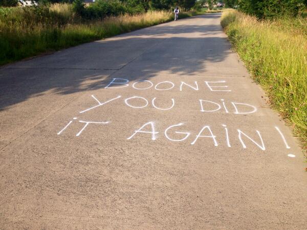 Wreed, vandalen hebben mijn straat beklad!