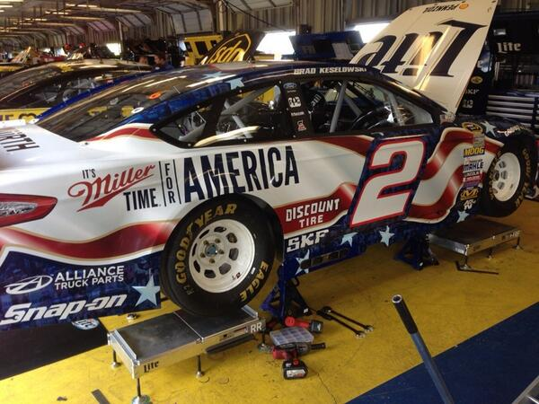 .@keselowski @Team_Penske #2 colors this week http://t.co/7WXQwnTHEm