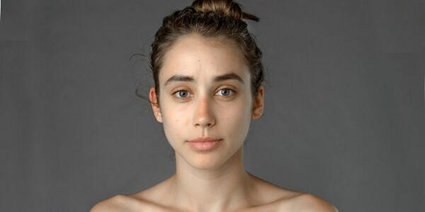 A Woman Asked People in 27 Countries to Photoshop Her Face According to Their Beauty Standards http://t.co/3oDsAC9IzT http://t.co/tlz9lAE6Lo
